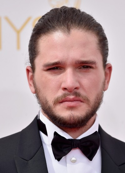"Kit Harington protagoniza la serie de TV ""Game of Thrones"" y actúa en la película por estrenar ""Spooks: The Greater Good""."