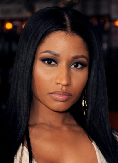 "Nicki Minaj actúa en el film ""The Other Woman"". Sus canciones ""Super Bass"", ""Girl on Fire"" y ""Bang Bang"" son de las más sonadas en TV Shows."