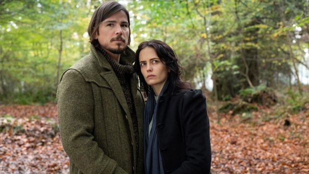 "Josh Hartnett y Eva Green en ""Penny Dreadful""."