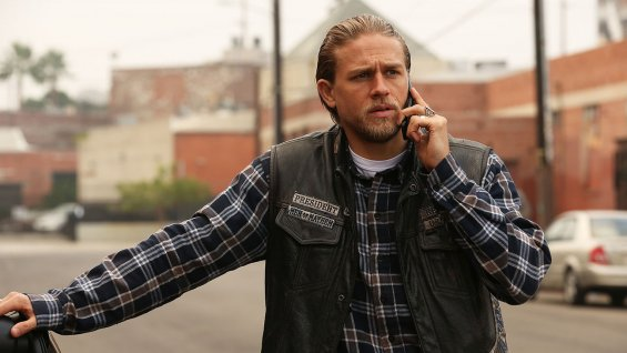 "Charlie Hunnam en ""Sons of Anarchy""."