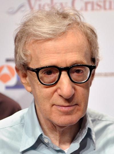 """Woody Allen escribe y dirige el film """"Magic in the Moonlight""""."""