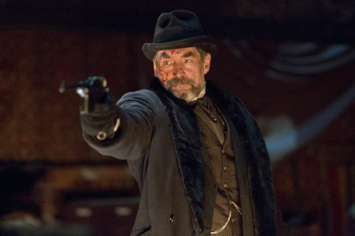 "Timothy Dalton es Sir Malcolm Murray en ""Penny Dreadful""."