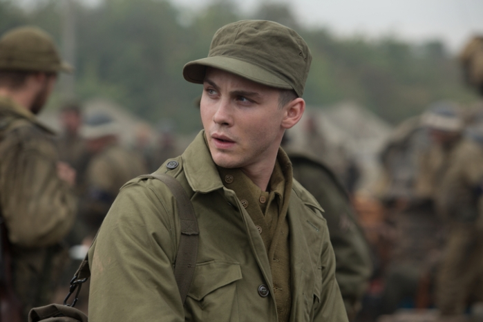 "Norman Ellison (Logan Lerman) en ""Fury""."