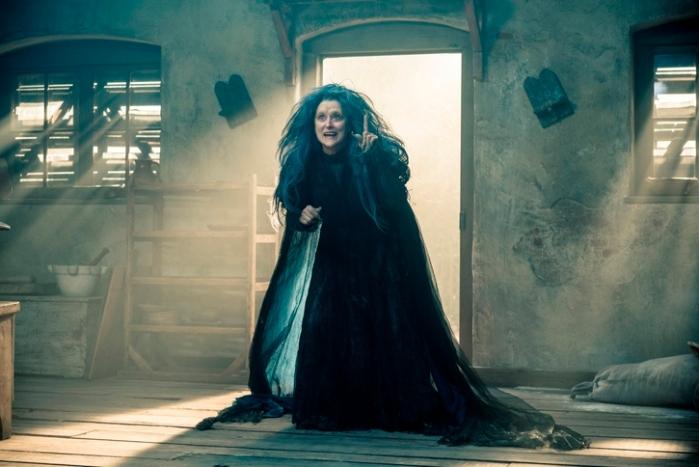 """Meryl Streep es La Bruja en """"Into the Woods""""."""