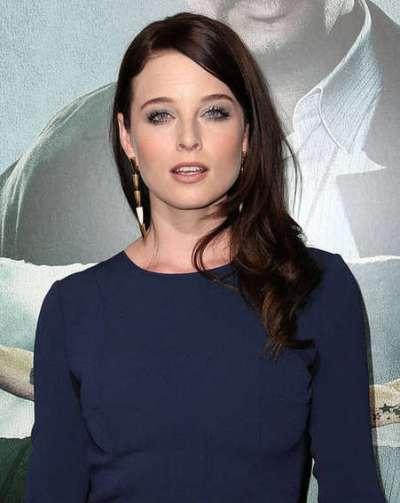 """Rachel Nichols protagoniza la serie de TV """"Continuum"""" y actúa en la serie de TV """"Rush"""". Actúa en la película por estrenar """"Viral""""."""
