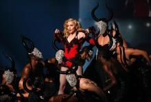 Madonna durante su intervención en los Grammy Awards 2015.