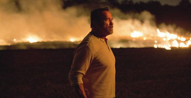 "Arnold Schwarzenegger es Wade en ""Maggie""."