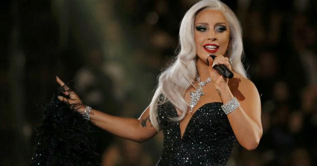 Lady Gaga durante su participación en los Premios Oscar 2015.