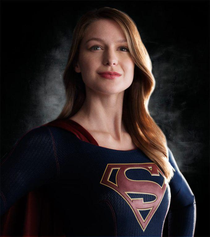 "Melissa Benoist en un promocional de la serie de CBS ""Supergirl""."
