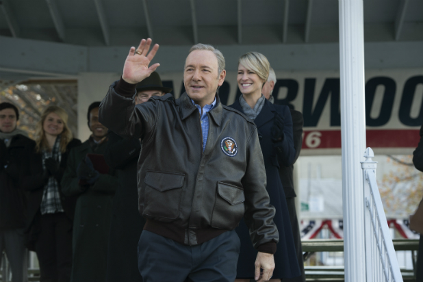 "Kevin Spacey y Robin Write en ""House of Cards"" (3ra. temporada)."
