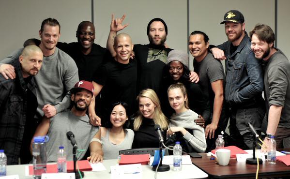 """Elenco protagónico de """"Suicide Squad"""" durante un encuentro de pre-producción."""
