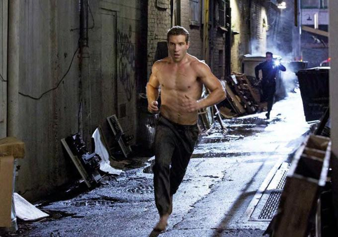 "Jay Courtney como Kyle Reese en ""Terminator: Genisys""."