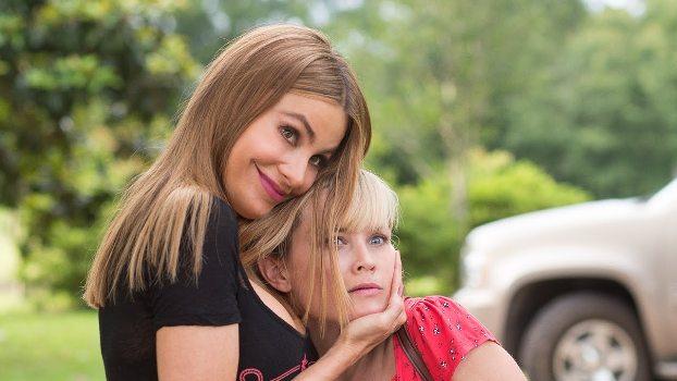 """Sofía Vergara y Reese Witherspoon en """"Hot Pursuit""""."""