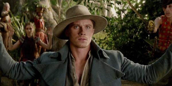 """Garrett Hedlund es Hook en """"Pan""""."""