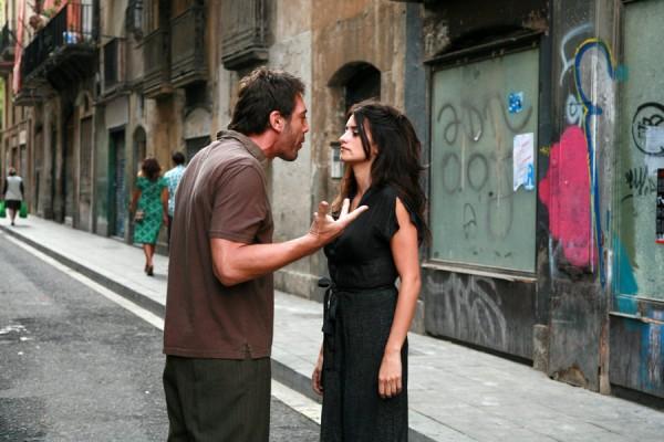 """Javier bardem y Penélope cruz en una escena de la película """"Vicky Christina Barcelona"""" (2008)."""