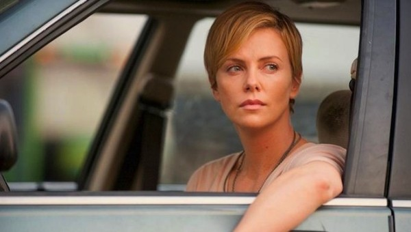 "Charlize Theron en ""Dark Places""."