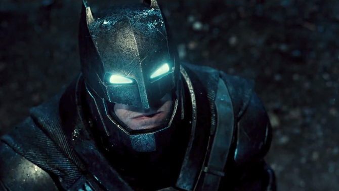"Batman vestido con una armadura de combate en ""Batman v Superman: Dawn of Justice""."