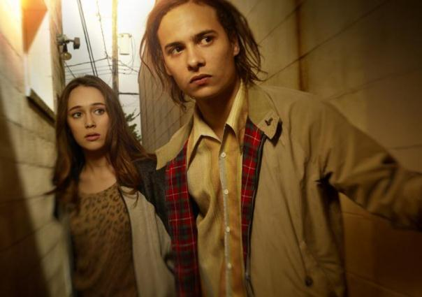 "Alycia Debnam-Carey es Alicia y Frank Dillane es Nick en ""Fear the Walking Dead""."