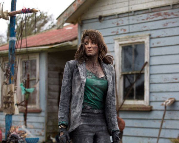 "Lucy Lawless es Ruby en ""Ash vs Evil Dead""."