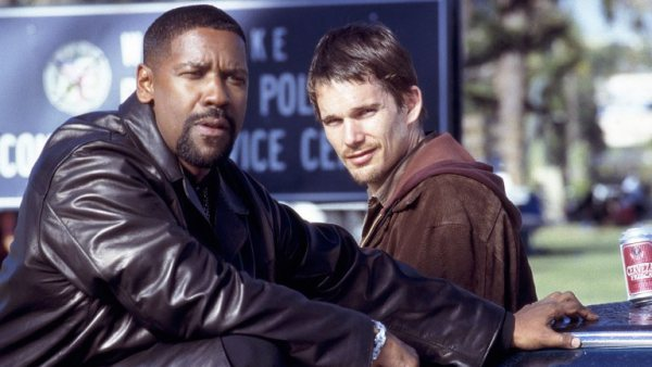 "Densel Washington y Ethan Hawke en ""Training Day"" (2001)."