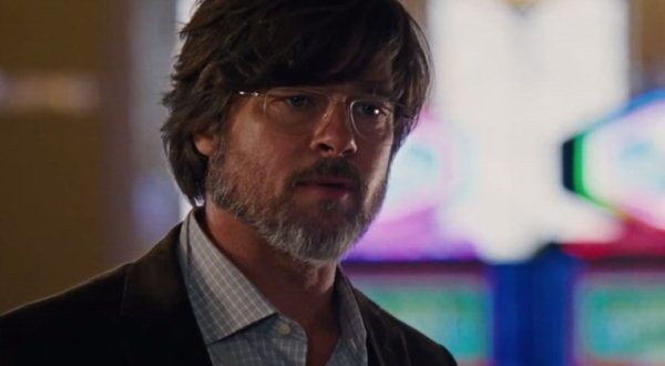"Brad Pitt es Ben Hockett en ""The Big Short""."