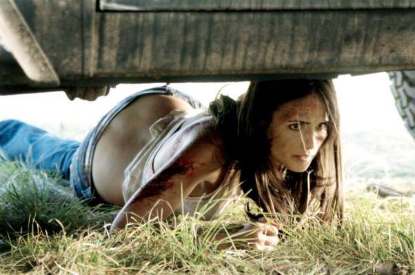 "Jordana Brewster en ""The Texas Chainsaw Massacre: The Beginning"" (2006)."