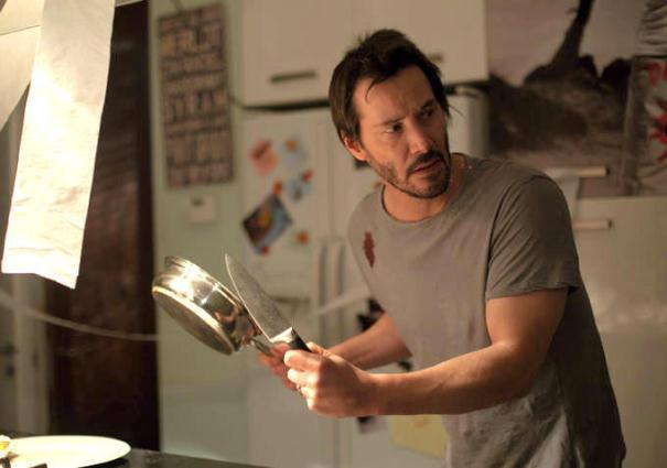 "Keanu Reeves en ""Knock Knock""."