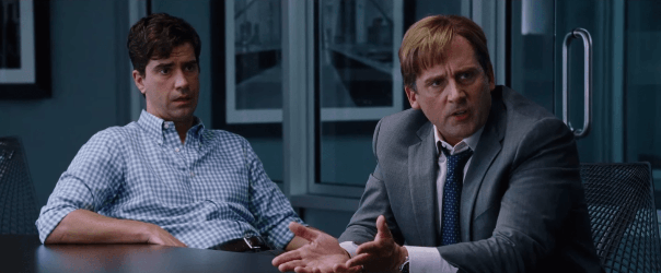 "Hamish Linklater y Steve Carell en ""The Big Short""."