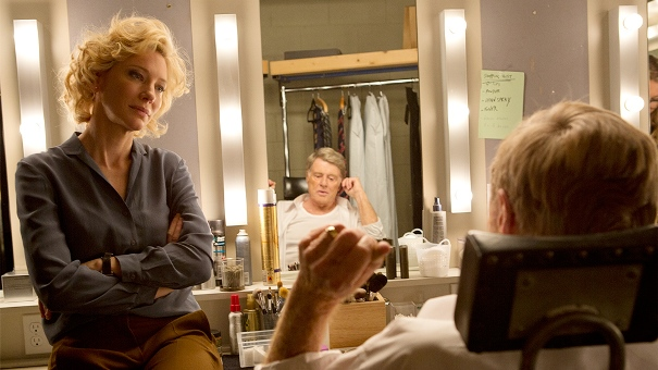 "Cate Blanchett es Mary Mapes y Robert redford es Dan Rather en ""Truth""."
