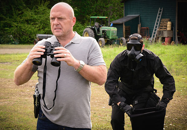 "Dean Norris como James ""Big Jim"" Rennie en ""Under the Dome"" (3ra. temporada). / Fuente foto: CBS"