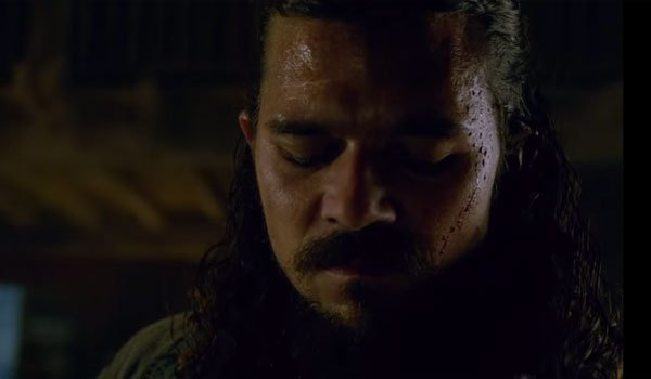 "Luke Arnold es John Silver en ""Black Sails"" (3ra. Temporada)"