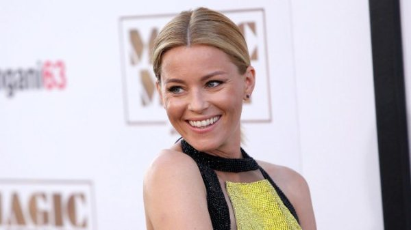 "Elizabeth Banks dirigirá ""Pitch Perfect 3""."