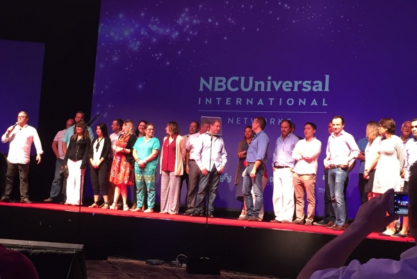 Altos gerentes y demas ejecutivos de HBO en la clausura del Upfront 2015.