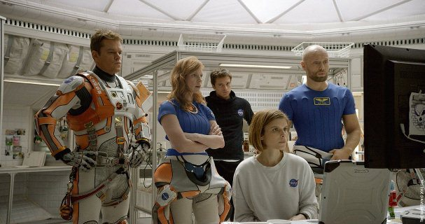 "Matt Damon. Jessica Chastain, Sebastian Stan, Kate Mara y Aksel Hennie en ""The Martian""."