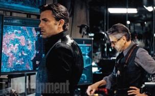 "Ben Affleck y Jeremy Irons en ""Batman v Superman: Dawn of Justice""."