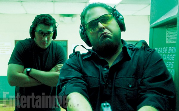 jonah-hill-miles-teller-arms-and-the-dudes-600x373
