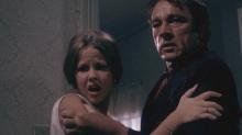 "Linda Blair y Richard Burton en ""Exorcist II: The Heretic"" (1977)."