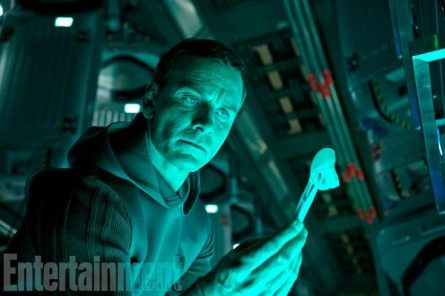 "Michael Fassbender en ""Alien: Covenant""."
