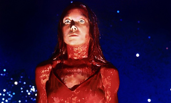 Sissy-Specek-as-Carrie